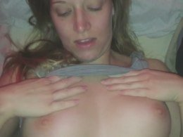 Sweet amateur girlfriend pussy fucked and creampied