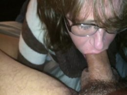 Going balls deep when giving a blow job is this mamas specialty