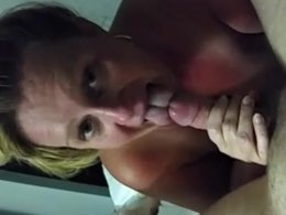 Mature BBW giving a very nice blowjob with ball licking