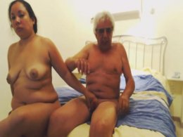 Mature stud lets his woman ride his fat cock