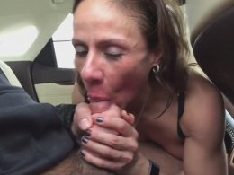 Mature wife can still surprise her husband and suck a dick in the car